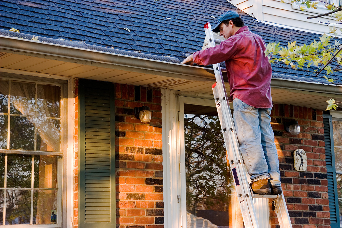 Roofing Toronto Cu0026any Toronto Roofing Company   The Importance Of Regular  Gutter Cleaning And Maintenance